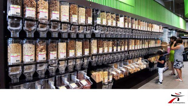 Photo du rayon de vente en vrac de l'Intermarché de La Douvaine